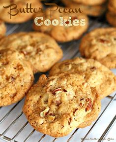 Rich and buttery Butter Pecan Cookies won't last long in your cookie jar. Filled with toffee bits and pecans they're a genuine treat any time of year. Cookie Brownie Bars, Cookie Desserts, Just Desserts, Cookie Recipes, Delicious Desserts, Dessert Recipes, Pecan Recipes, Dessert Ideas, Pecan Desserts