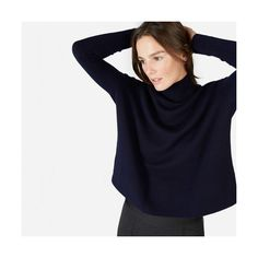 Everlane Women's Cashmere Square Turtleneck Sweater (205 AUD) ❤ liked on Polyvore featuring tops, sweaters, dark navy, cashmere turtleneck sweater, cropped sweaters, blue crop top, turtle neck crop top and cropped tops
