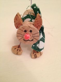 Cork Cat by CrazyCorkLady on Etsy Wine Craft, Wine Cork Crafts, Wine Bottle Crafts, Wine Bottles, Cat Christmas Ornaments, Christmas Wine, Wine Cork Projects, Craft Projects, Pom Pom Tree