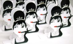 Puro Luxo!!! Porta guardanapo personalizado para chá de lingerie - Bonequinha de Luxo