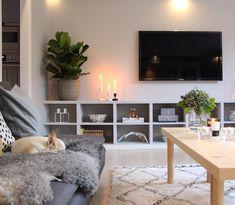 Blue By Enzoani, Swedish Style, Beautiful Interior Design, Layout, Nordic Design, Kitchen Interior, Interior Inspiration, Corner Desk, Bookcase