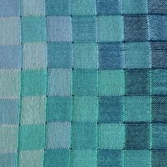 Charlotte Sissener Engstad @stellariatextil | Websta Large shawl, detail