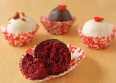 Can you tell I love anything red velvet? Not a lot of ingredients=I'm going to make these today!