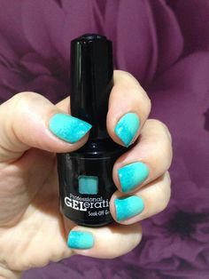 Jessica GELeration ombre nails in Mint Julep and Capri Sea. Created by Leanne Thomas.