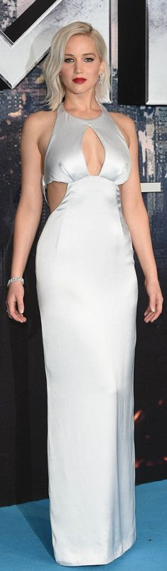Who made Jennifer Lawrence's silver cut out gown?