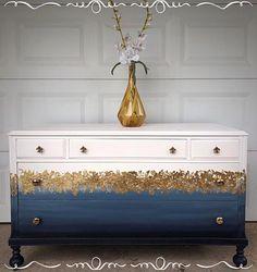 Luxus-Deko-Ideen id: 4014171006 # dekoration # decor DIY Gold Painted Furniture, Gold Leaf Furniture, Funky Furniture, Refurbished Furniture, Paint Furniture, Upcycled Furniture, Furniture Projects, Furniture Makeover, Navy Blue Furniture