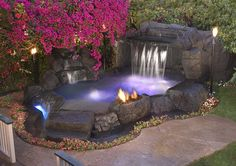 Alderete Pools San Clemente Spas feature the latest state-of-the-art accessories. For more information give us a call today at 800-492-7289.