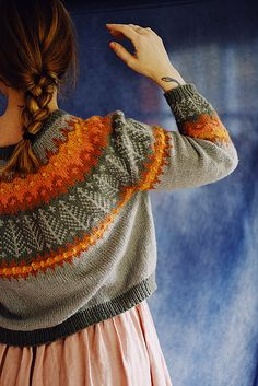 Sweater Knitting Patterns, Knitting Designs, Knit Patterns, Knitting Projects, Animal Knitting Patterns, Recycled Sweaters, Fair Isle Knitting, Knit Fashion, Knit Crochet