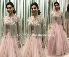 62 Ideas fashion dresses indian gowns for 2019 Indian Wedding Gowns, Indian Gowns Dresses, Indian Fashion Dresses, Indian Designer Outfits, Indian Outfits, India Fashion, Fashion Art, Woman Dresses, Japan Fashion