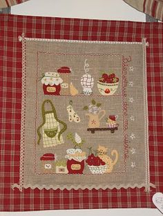 Simply Patchwork: L'Atelier d'Isabelle: novedades Applique Templates, Applique Designs, Sewing Crafts, Sewing Projects, Needlepoint Stitches, Sewing Appliques, Quilted Wall Hangings, Small Quilts, Mug Rugs