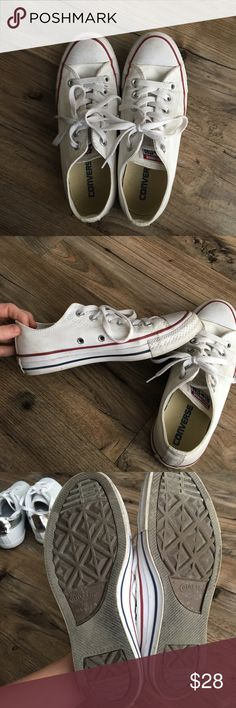 White converse Darling white converse that go with everything! Great condition Shoes Sneakers