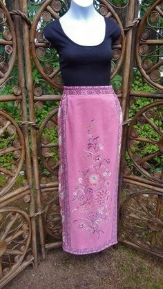 Pink wraparound column skirt small by LamplightGifts on Etsy, $14.50
