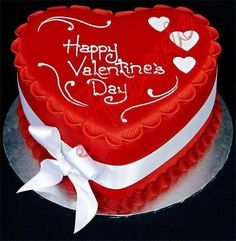 Happy Anniversary Cake Name Picture Online Valentines Cakes And Cupcakes, Valentines Day Cakes, Cupcake Cakes, Valentine Treats, Heart Shaped Cakes, Heart Cakes, Birthday Wishes Cake, Happy Birthday Cakes, Chocolate Bonbon