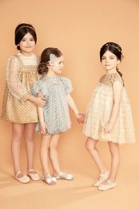 Fashion is fun! #fashion #dress #collection #gold #fall #grey #pearl #bows #bibiona Couture Fashion, Diy Fashion, Fashion Design, Fashion Kids, Fashion Outfits, Cute Girl Dresses, Girls Party Dress, Summer Outfits Women, Kids Outfits