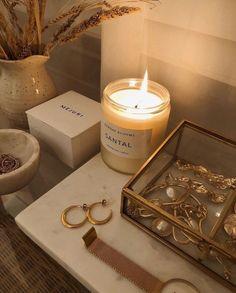 Cream Aesthetic, Gold Aesthetic, Classy Aesthetic, Aesthetic Room Decor, Aesthetic Vintage, Room Ideas Bedroom, Bedroom Decor, Bedroom Candles, Gold Room Decor