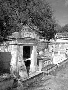 Lafayette Cemetery no. 1, New Orleans, LA