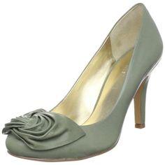 Nine West Women's Atthesea Pump,Green Leather,9 M US Nine... https://www.amazon.com/dp/B0045TEL4I/ref=cm_sw_r_pi_dp_x_VPpazb9JZD91G