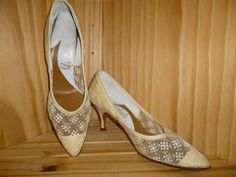 Vintage1950's LACE Embroidered  High Heel Pumps