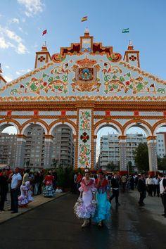 Vista de la portada de la Feria Bandera de Sevilla España y Andalucia