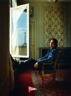 in Paris,Johnny Depp,Men's CELB style