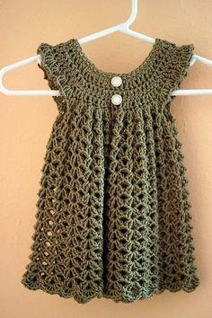 Crochet baby dress - El patrón está hecho con una lana regular, pero si lo hacemos con Cotton Light e incluso Big Merino, precioso!