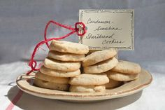 Cardamom Semolina Shortbread Cookies by Indiaphile Shortbread Recipes, Shortbread Cookies, Cookie Recipes, Indian Desserts, Indian Food Recipes, Great Desserts, Desert Recipes, Recipe Box, Fudge