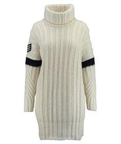 #tommyhilfiger #gigihadid #kleid #pulloverkleid #cozy #sporty #tommy #strick #rollkragen