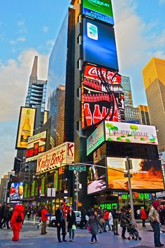 First Day of Spring in New York City: Times Square. #NYC #photo. CC: @everythingnyc