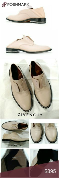 💖Givenchy💖 Backless Chain Derby Brogues Loafers 🌠RARE🌠 Givenchy 'ROSANNA' Derby Double Chain Oxford Loafers in Pink Nude from Resort 2017 w/foldable convertible heel slide, super versatilel!  Worn once, faint scuffing at side, light wear, bottom soles are refinished.  Overall Excellent Condition!  No✋Trades.  As seen on Olivia Palmero.  Size 37 = 7/6.5 U.S.  Style retails in stores now for $895 + tax.  Last one!🎉. Duster included.👌 Givenchy Shoes
