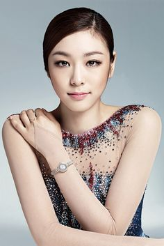 From Elodie Biteau - Usually focus on the skating action to show the power, grace and gymnastic qualities of the figure skaters but couldn't resist this pic of Yuna Kim.