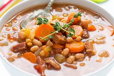 Slow Cooker Navy Bean and Ham Soup