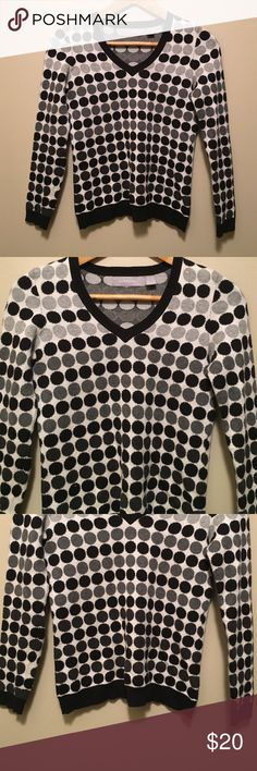 "Liz Claiborne PS cotton V-neck polkadot sweater Fun Liz Claiborne PS cotton V-neck polkadot sweater with a white background and shades of black and gray polkadots. Dimensions taken while garment is laying flat: 13"" across shoulders, 34"" bust, 32"" waist, 34"" hips, sleeve length 22"", and length from shoulder to bottom hem 24"". Liz Claiborne Sweaters V-Necks"