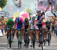 André Greipel (Lotto Belisol) wins ahead 2nd Alessandro Petacchi (Lampre - ISD), 3rd Tom Veelers (Argos-Shimano), 4th Matthew Harley Goss (Orica GreenEdge), 5th Peter Sagan (Liquigas-Cannondale). Le Tour de France 2012