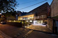 inaki leite recycles wooden bateas for dezanove house in spain