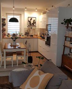 69 magnificient small kitchen design ideas on a budget page 36 Küchen Design, House Design, Interior Design, Design Ideas, Home Decor Kitchen, Home Kitchens, Small Apartments, Small Spaces, Apartment Interior