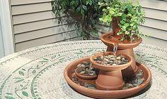 Geen ruimte voor een vijver? Bekijk deze handleiding voor een mini-indoor waterval vijvertje! - Zelfmaak ideetjes
