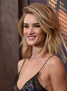 Rosie Huntington-Whiteley Photos: 'Mad Max: Fury Road' Premiere - Red Carpet