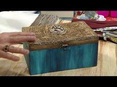 Vida com Arte | Caixa decorativa por Mariana Merlo - 31 de Março de 2017 - YouTube Envelope Box, Creative Box, Stencils, Diy And Crafts, Decorative Boxes, Shabby Chic, Paper, Irene, Painting