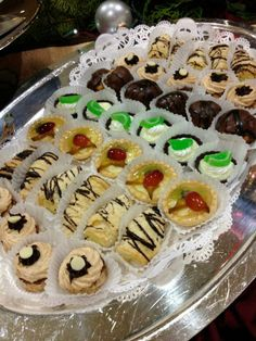 Our Rosen Centre chefs have so much fun with tasty, eye-appealing dishes for the Christmas buffet. We hope you enjoyed it! | Pinned by Rosen Hotels | #Orlando #Florida #hotel