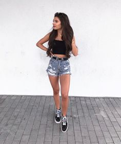 Cute Summer Outfits With Vans Spring Outfits - Outfit Ideas For Teen Girls, Casual Outfits For Teens, Teen Fashion Outfits, Cute Summer Outfits, Short Outfits, Spring Outfits, Shorts Outfits For Teens, Denim Shorts Outfit Summer, Fashion Ideas