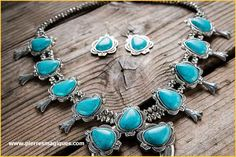 The scandal of the Native American jewelry imitation traffic Nothing could be more profitable . Style Indien, Antler Necklace, Native American Jewelry, Turquoise Bracelet, Drop Earrings, Deer, Bracelets, Imitation Jewelry, Chakras