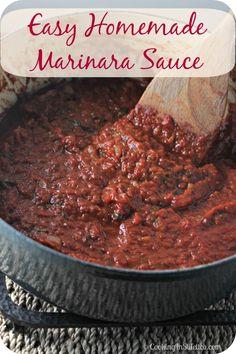 Easy Homemade Marinara Sauce   Cooking In Stilettos  http://cookinginstilettos.com/easy-homemade-marinara-sauce/