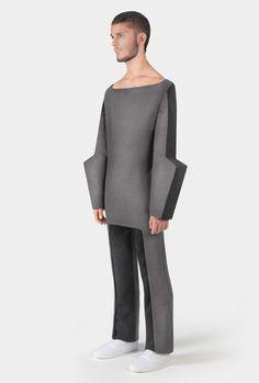 Architectural Fashion Design with a graphic silhouette; sculptural fashion // Yuri Pardi