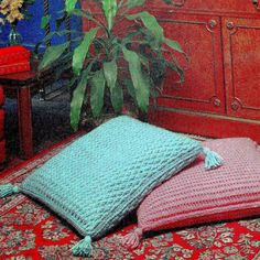 PDF Vintage Crochet Pattern couch pillow by GrandmaHadItGoinOn, $1.38