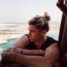191.6K vind-ik-leuks, 889 reacties - JAY ALVARREZ (@jayalvarrez) op Instagram: 'Somewhere Between Egypt & Libya blue water øasis.. I love the Middle East  #rcmemories…'