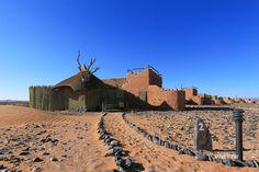 納米比亞沙漠飯店-SOSSUSVLEI-Little-Kulala-Wilderness-Safaris Africa Travel, Us Travel, Wilderness, Monument Valley, Safari, Villa, Luxury, Traveling, Life