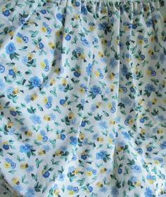 Laura Ashley White W Blue U0026 Yellow Polyanthus U0026 Blue Trim Full Bedskirt    Bed Skirts