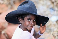 Cute Aborigine boy in a cowboy hat (Australia) Aboriginal Children, Aboriginal History, Aboriginal People, Precious Children, Beautiful Children, Beautiful Babies, Beautiful People, We Are The World, People Around The World