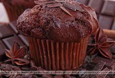 Chcesz coś przegryźć po obiedzie. Proponujemy smaczne ciasteczka. Muffinki kakaowe.Przepis zawiera:mąka, mleko, kakao.