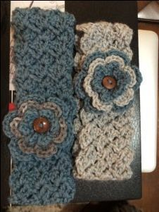 Hello my yarn loving friends! I have been working up a new Crochet Free Pattern for a crocheted headband and ear warmer. I was trying to figure out a simple Col Crochet, Crochet Beanie Pattern, Crochet Stitches Patterns, Crochet Gifts, Crochet Designs, Free Crochet, Double Crochet, Single Crochet, Crochet Baby